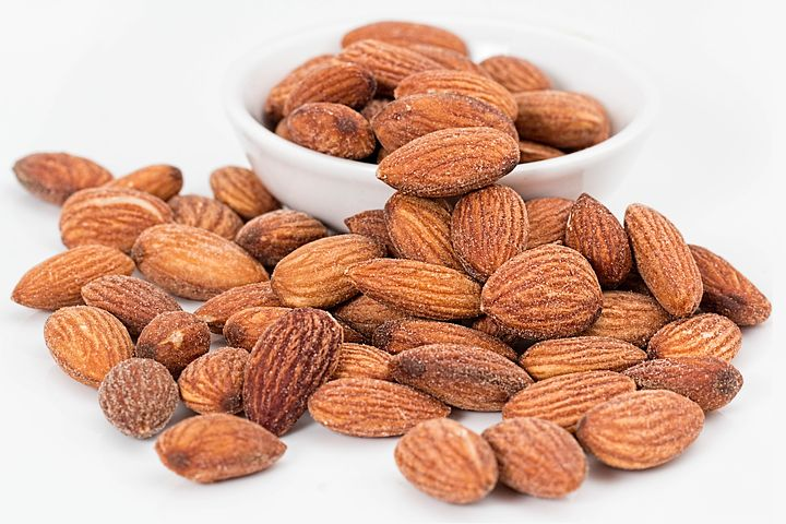 almonds-1768792__480